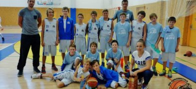 U13 na turnaji v Hradci Králové třetí