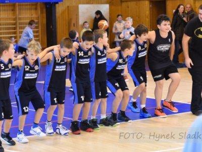 Když basket baví celou halu