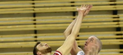 Basketbalisté nestačili na rezervu extraligového Nymburku