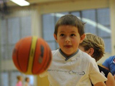 Zveme zájemce o basketbal roč.2002